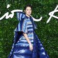 """Shailene Woodley, habillée d'une robe 1 Moncler Pierpaolo Piccioli, assiste à la cérémonie des """"Fashion Awards 2019"""" au Royal Albert Hall à Londres, le 2 décembre 2019."""