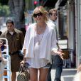 Sarah Michelle Gellar, trop belle en minishort et enceinte, dans les rues de Santa Monica, le 24 juillet 2009 !