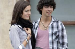 Camilla Belle est de nouveau célibataire... et son ex, Joe Jonas, fond en larmes !