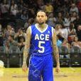 Chris Brown participe au Ace Family Basketball Charity au Staple Center à Los Angeles. le 29 juin 2019.