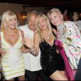 Ivana Trump, Massimo Gargia, Monica Bacardi et la Baronne Marianne von Brandstetter à la soirée Bacardi, à Saint-Tropez. 26/07/09