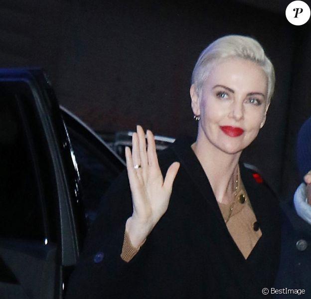 """Charlize Theron est à Good Morning America pour promouvoir son nouveau film """"Bombshell"""" à New York, le 16 décembre 2019."""