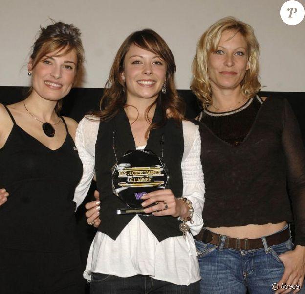 Christine Lemler, Rebecca Hampton et Dounia Coesens