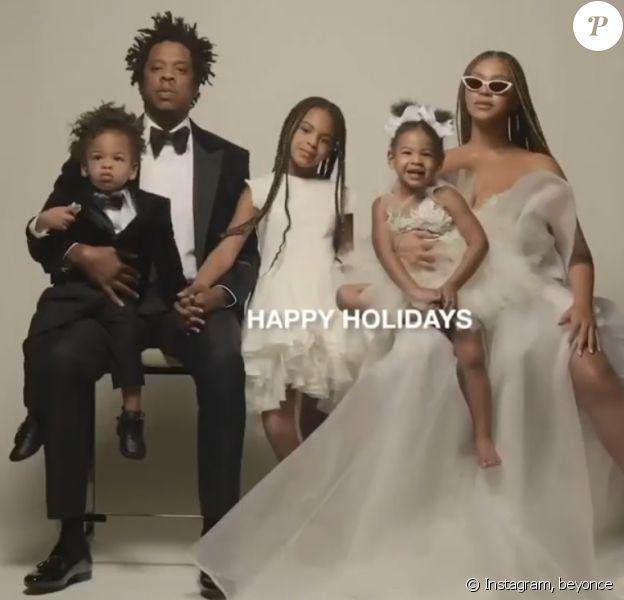 Beyoncé et Jay-Z ont partagé plusieurs photos de famille avec leurs trois enfants, Blue Ivy, Sir et Rumi, pour célébrer la nouvelle année, le 1er janvier 2020.