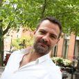 Exclusif - Jérôme Kerviel va se faire enlever son bracelet électronique au Service pénitentiaire d'insertion et de probation (SPIP) au 12 rue Charles Fourier, dans le 13ème arrondissement à Paris, le 26 juin 2015.