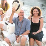 Phil Collins profite des charmes du sud de la France... avec sa jolie famille recomposée !