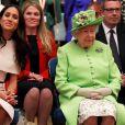 Meghan Markle, duchesse de Sussex, avec la reine Elizabeth II le 14 juin 2019 lors d'une journée d'engagements officiels dans le Cheshire.