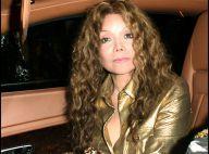 LaToya Jackson : impossible de ne pas la remarquer avec son look impossible... et sa chanson hommage à son frère !
