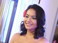 Vaimalama Chaves chante pour la Fashion Week, Clémence Botino la soutient