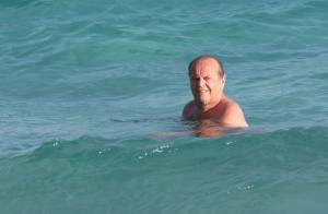 Jack Nicholson est vraiment un magicien... découvrez comment il fume en vacances !