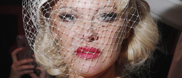 Mariage de Pamela Anderson : première photo avec son mari Jon Peters