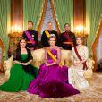 Photo officielle à l'occasion de la visite d'Etat au Grand-Duché de Luxembourg du roi Philippe de Belgique et de la reine Mathilde, en présence du grand-duc Henri de Luxembourg, de sa femme la grande-duchesse Maria Teresa de Luxembourg, du prince Guillaume, grand-duc héritier de Luxembourg, et de la princesse Stéphanie, le 15 octobre 2019.