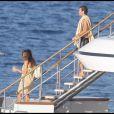 Cindy Crawford et Rande Gerber s'aiment et profitent du soleil, sur un yacht, au large de Saint-Tropez. 05/08/09