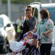 Coleen Rooney, sa mère et sa petite soeur arrivent au match amical Manchester Uited / FC Valence (UK, 5 août)