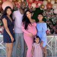 Kobe Bryant avec sa femme Vanessa (enceinte) et leurs trois filles Gianna Maria-Onore Bryant, Natalia Diamante Bryant, Bianka Bella Bryant. L'ancien basketteur avait publié cette photo sur Instagram à l'occasion de la fête des Mères le 12 mai 2019.