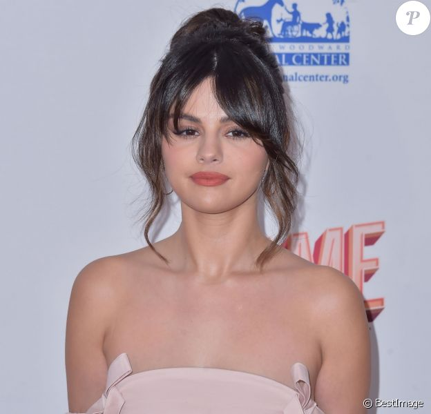 "Selena Gomez assiste aux Hollywood Beauty Awards au ""Taglyan Complex"". Hollywood, Los Angeles, le 6 février 2020."