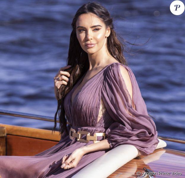 "Nabilla - Photo officielle de ""Love Island"" sur Amazon Prime Video"