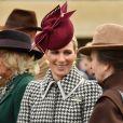 Camilla Parker Bowles, Zara Tindall et la princesse Anne d'Angleterre lors du festival de Cheltenham le 11 mars 2020