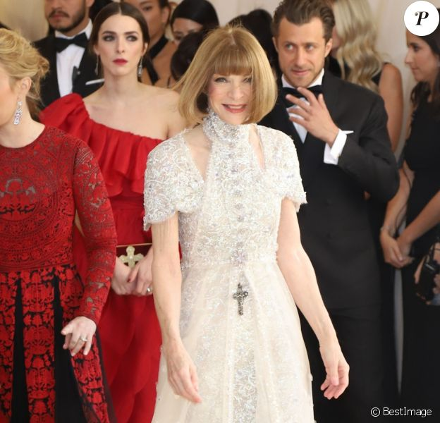 Anna Wintour au Met Gala 2018, vernissage de l'exposition 'Heavenly Bodies: Fashion and the Catholic Imagination' à New York, le 7 mai 2018.