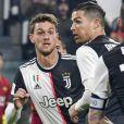 La Juventus Turin a annoncé que son défenseur, Daniele Rugani, avait été testé positif au coronavirus Juventus le 11 mars 2020.