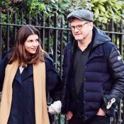Colin Firth : Balade et câlin en bonne compagnie, 3 mois après son divorce