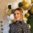 """Charlène Lemer de """"Secret Story"""" lors de sa baby shower, le 8 mars 2020"""