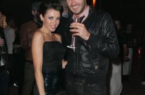 Dannii Minogue applaudit son chéri ex-rugbyman reconverti en mannequin... au côté d'une miss Univers !