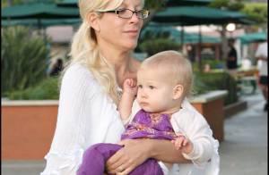 Tori Spelling s'amuse avec sa petite famille... en attendant une possible réconciliation avec sa mère !
