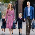 """Le prince William et Catherine Kate Middleton, duchesse de Cambridge, emmènent leur fille la princesse Charlotte de Cambridge avec leur fils le prince George à l'école """"Thomas's Battersea"""" le jour de la rentrée scolaire, le 5 septembre 2019."""