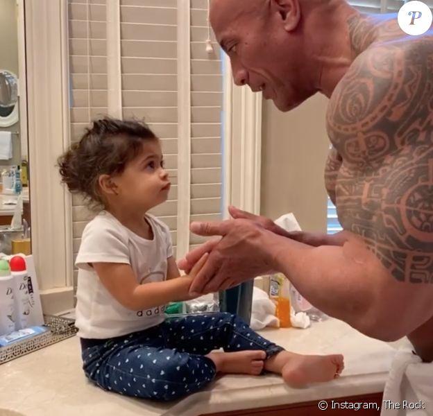Dwayne Johnson (The Rock) et sa fille Tia. Avril 2020.