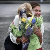 La princesse Victoria de Suède teste... son instinct maternel !