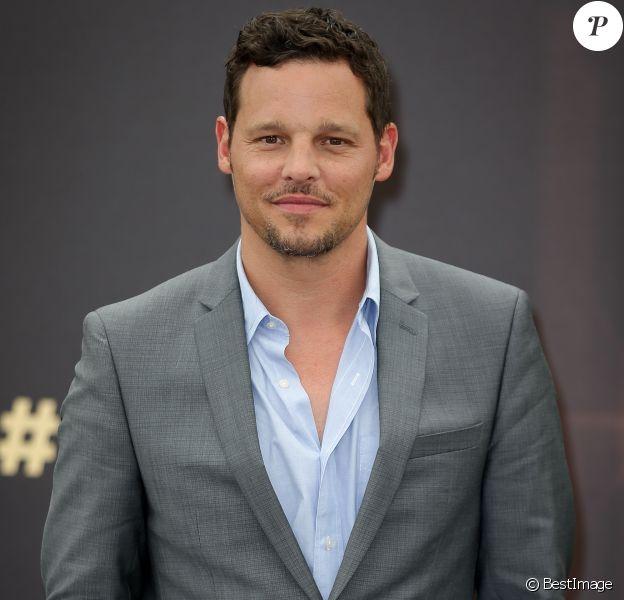 """Justin Chambers - Photocall de la série """"Grey's Anatomy"""" au 54ème Festival de la Télévision de Monte Carlo."""