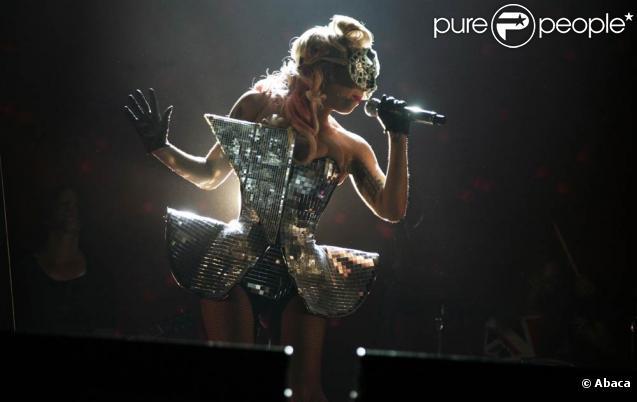 Lady GaGa au V Festival, à Londres, le 23 août 2009