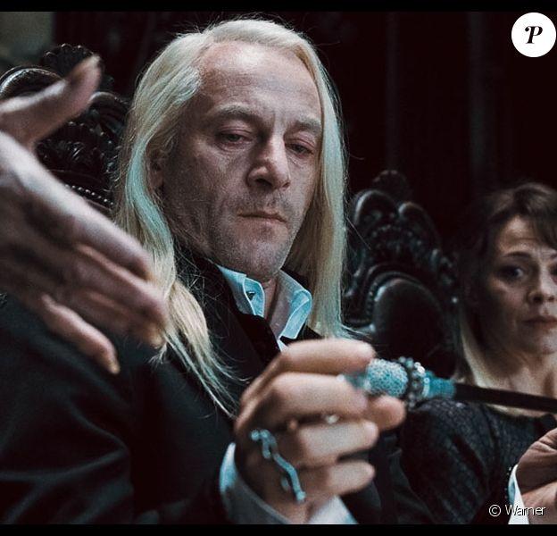 """Jason Isaacs incarnait Lucius Malefoy dans les films """"Harry Potter""""."""