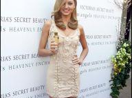 Miranda Kerr en robe micro-courte... effet garanti !
