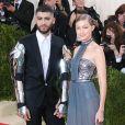 """Gigi Hadid et son petit ami Zayn Malik - Soirée Costume Institute Benefit Gala 2016 (Met Ball) sur le thème de """"Manus x Machina"""" au Metropolitan Museum of Art à New York, le 2 mai 2016."""