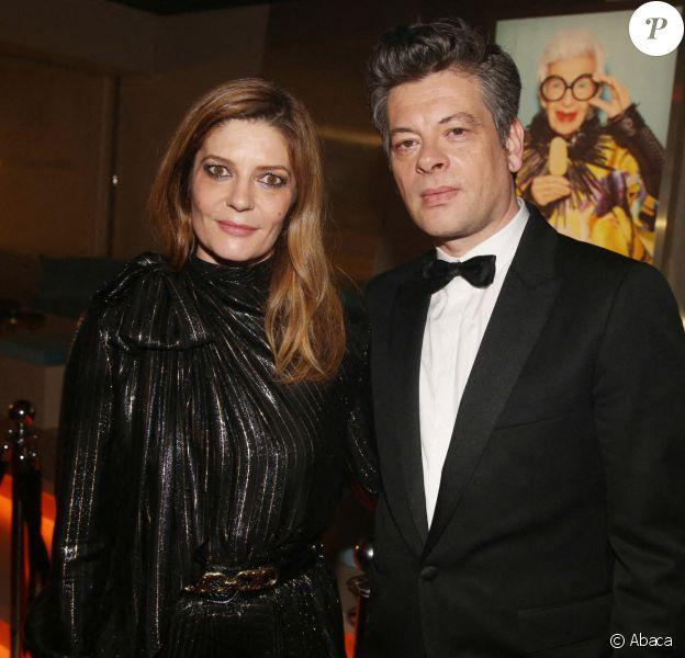 """Benjamin Biolay, Vincent Lacoste, Chiara Mastroianni, Christophe Honoré et Camille Cottin au Festival de Cannes 2019 pour le film """"Chambre 212""""."""