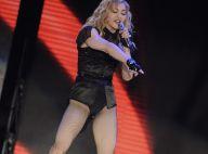 Madonna huée par ses propres fans ! Une visite en pleine nuit au Mur des Lamentations... Regardez !