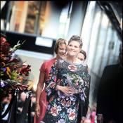 La princesse Victoria de Suède fait tapisserie, et Peter Gabriel immortalise le moment !