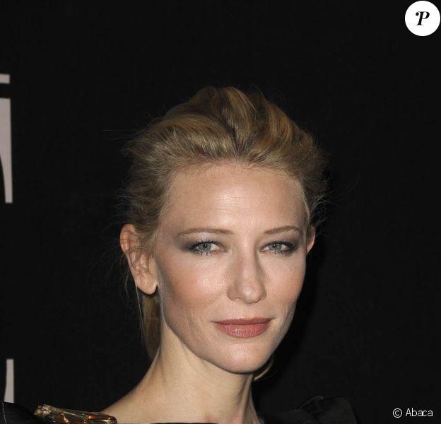 Cate Blanchett victime d'un accident sur les planches, lors d'une représentation d'Un tramway nommé Désir, à Sydney, le 2 septembre 2009 !
