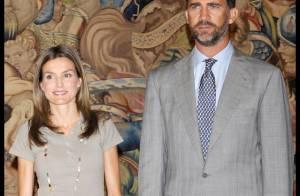 Letizia d'Espagne : son mari lui vole la vedette en changeant de look... on adore !
