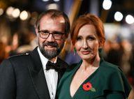 J.K. Rowling : Accusée de transphobie, elle réplique avec son agression sexuelle
