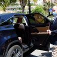 Le prince Albert II de Monaco, masqué, a visité les deux centres de dépistage de l'épidémie de Coronavirus (Covid-19) pour tester toute la population monégasque, à Monaco le 26 mai 2020. Le prince souverain était accompagné par le maire de Monaco, M. Georges Marsan et le ministre des affaires sociales et de la santé M. Didier Gamerdinger, comme ici au Forum Grimaldi. Le gouvernement monégasque a lancé depuis le 18 mai une campagne de dépistage sérologique auprès de l'ensemble de sa population, et dans un second temps auprès de ses salariés. Au total 90.000 personnes sont concernées. © Bruno Bebert / Bestimage