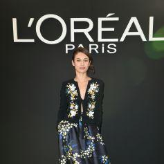Olga Kurylenko - Les people au photocall du défilé L'Oréal Paris 2019 à la Monnaie de Paris le 28 septembre 2019 pendant la fashion week.