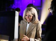 Brigitte Macron souriante et élégante auprès de Gautier Capuçon