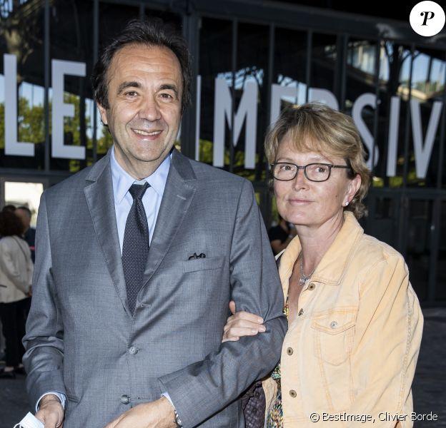 """Claude Chirac et son mari Frédéric Salat-Baroux - """"Jam Capsule"""" - Expérience culturelle immersive à la Halle de la Villette à Paris, le 22 juin 2020. © Olivier Borde/Bestimage"""