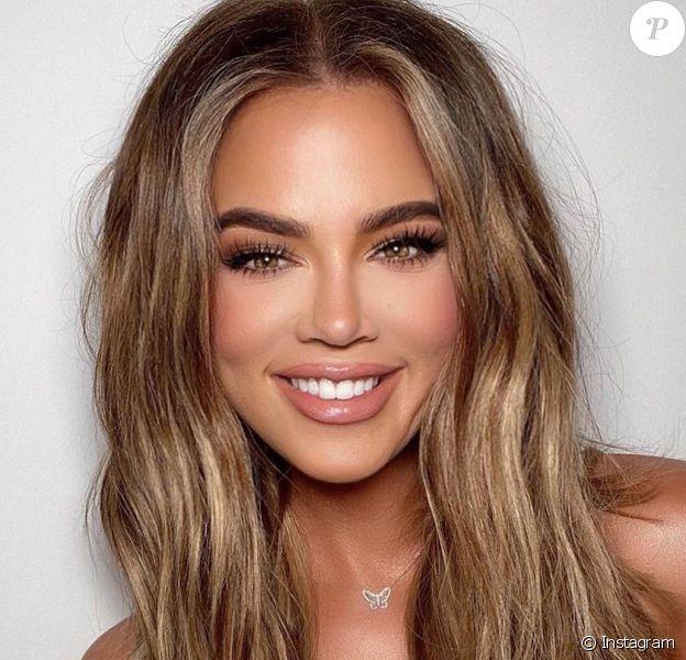 Khloe Kardashian, critiquée pour abus de Photoshop sur ses photos (Mai 2020).