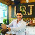 """Denis de """"Pékin Express"""" dans son restaurant Le Bar chez Jean, le 8 juin 2020"""