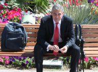 George Clooney surpris par le striptease d'un fan gay... en pleine conférence de presse ! Regardez !