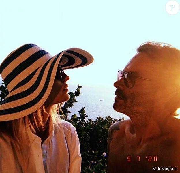 Anthony Delon et sa compagne Sveva Alviti en vacances en Italie, sur Instagram, le 10 juillet 2020.